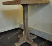 Стол из массива квадратный
